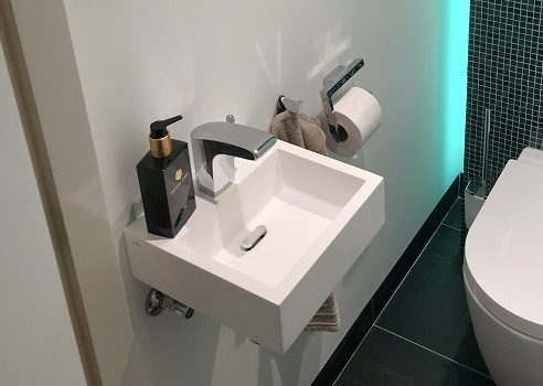 Van Heugten Baddesign - toiletrenovatie wasbakje